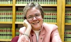 Judy Russell headshot